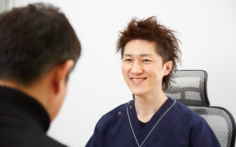 包茎手術終了〜説明〜薬のお渡し風景画像